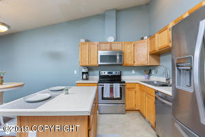 1000 Lakewood Court, Anchorage, AK 99515