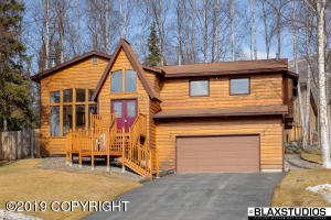 19611 S Montague Loop, Eagle River, AK 99577