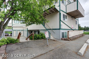 7141 Weimer Road, Anchorage, AK 99502