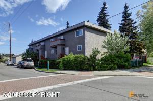 927 Juneau Street, Anchorage, AK 99501