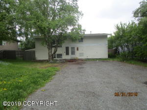 4027 James Drive, Anchorage, AK 99504