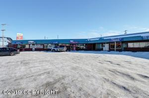 809 E Loop Road, Anchorage, AK 99501