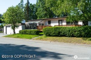 1345 E 27th Avenue, Anchorage, AK 99508