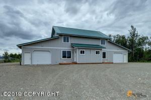 12878 W Creek Frontage Road, Big Lake, AK 99652