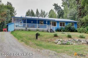 3130 N Meadow Lakes Drive, Wasilla, AK 99654