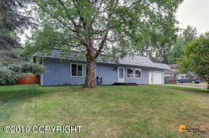 6661 Foothill Drive, Anchorage, AK 99504