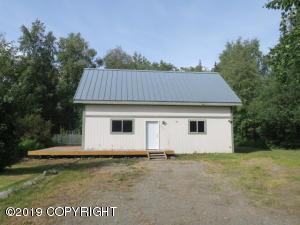 1490 W Pipestone Drive, Wasilla, AK 99654