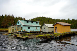 1 Floathouse Way, Floathouse, Thorne Bay, AK 99919
