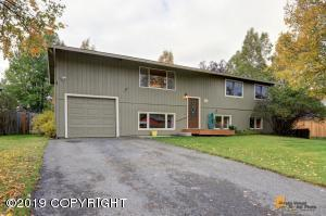 2631 Lyvona Lane, Anchorage, AK 99502