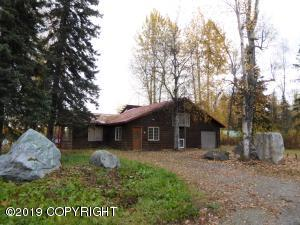 22795 S Parks Highway, Trapper Creek, AK 99683