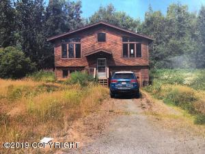1465 E Raven Drive, Wasilla, AK 99654