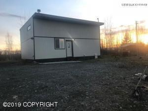 15633 W Huskie Drive, Big Lake, AK 99652