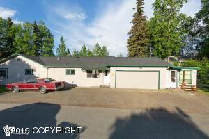 7810 E 4th Avenue, Anchorage, AK 99504