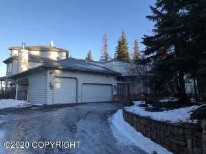 10501 Treeline Court, Anchorage, AK 99507