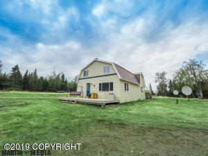 56175 Blueberry Avenue, Clam Gulch, AK 99568