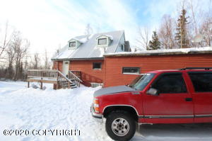 5400 De Armoun Road, Anchorage, AK 99516