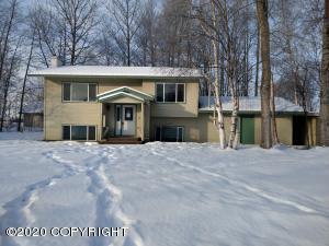 14450 E Gunnysack Road, Palmer, AK 99645
