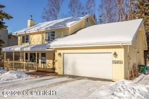17727 Nitoanya Circle, Eagle River, AK 99577