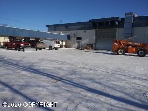 568 E Whitney Road, Anchorage, AK 99501