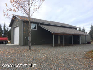 34260 N North Fork Road, Anchor Point, AK 99556