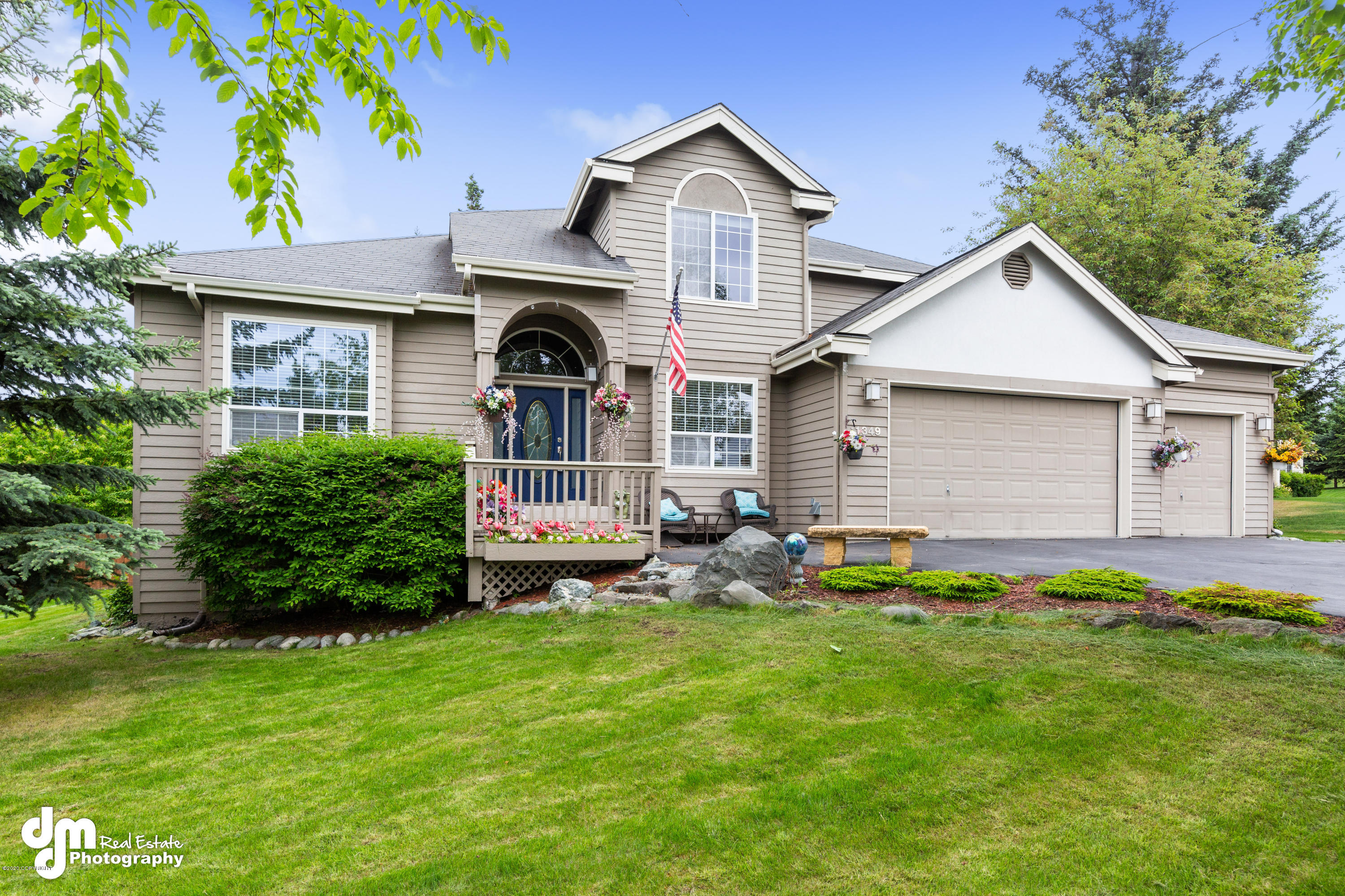 11349  Discovery Heights Circle, Anchorage, Alaska