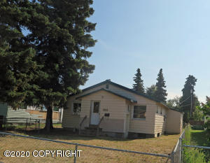 809 N Hoyt Street, Anchorage, AK 99508