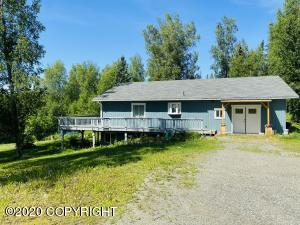 9774 N McCain-Hall Road, Willow, AK 99688