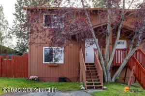 6121 Gross Drive, Anchorage, AK 99507