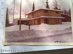 2510 Aspen Drive, Anchorage, AK 99517