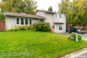 9500 Lennox Drive, Anchorage, AK 99502