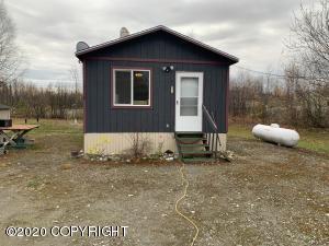 15730 W Hess Lane, Big Lake, AK 99652