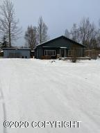 4451 De Armoun Road, Anchorage, AK 99516