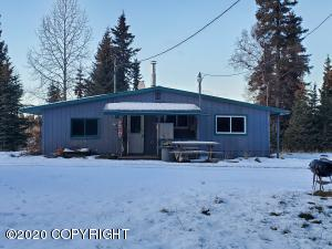 33975 Sprucegate Road, Anchor Point, AK 99556