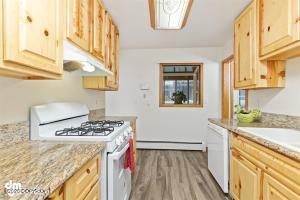 4603 E 9th Avenue, Anchorage, AK 99508