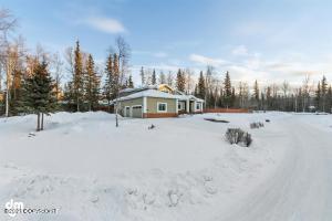 10741 Luliad Circle, Anchorage, AK 99516
