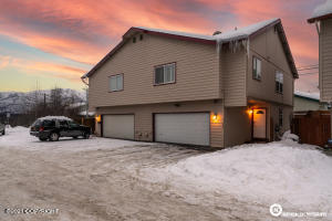 7644 Melody Commons Court, #10, Anchorage, AK 99502