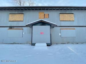 4404 Thompson Avenue, Anchorage, AK 99508