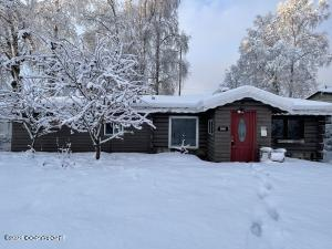 108 Stewart Street, Anchorage, AK 99508