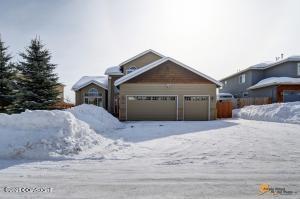 5781 Yukon Charlie Loop, Anchorage, AK 99502