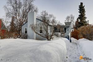 1213 R Street, Anchorage, AK 99501