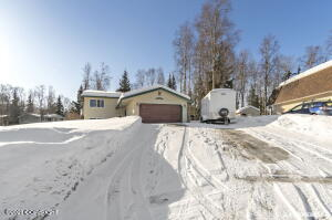 6750 Dickerson Drive, Anchorage, AK 99504