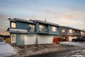 4885 Barrington Loop, #91, Anchorage, AK 99503