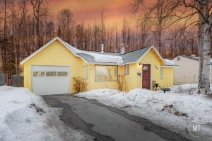 1700 Twining Drive, Anchorage, AK 99504