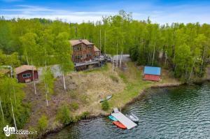 17754 W Erika Drive, Big Lake, AK 99652