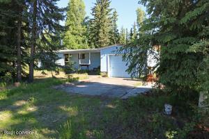 880 Runamuck Avenue, North Pole, AK 99705