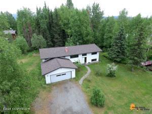 6735 Freebird Circle, Anchorage, AK 99507
