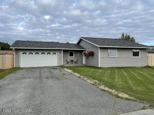 Welcome Home to 11821 Suncrest Drive!