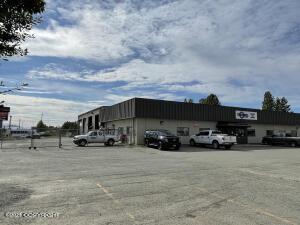 5801 Silverado Way, Anchorage, AK 99518