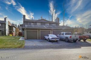 3817 Lunar Drive, #4B, Anchorage, AK 99504