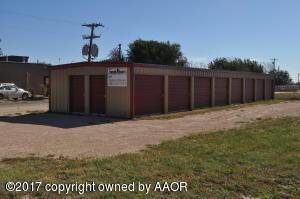 208 Pine East, Texline, TX 79087